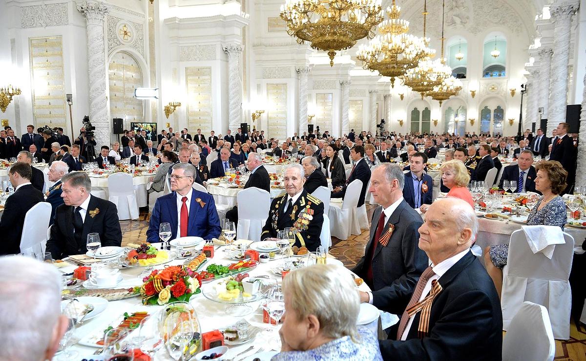 """""""Я призываю киевлян прийти и требовать, чтобы Порошенко подумал об уходе со своего поста"""", - Саакашвили - Цензор.НЕТ 2163"""